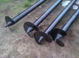 Опорные винтовые столбы для забора. Цены от 1200 рублей.