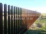 Забор из штакетника металлического от производителя.